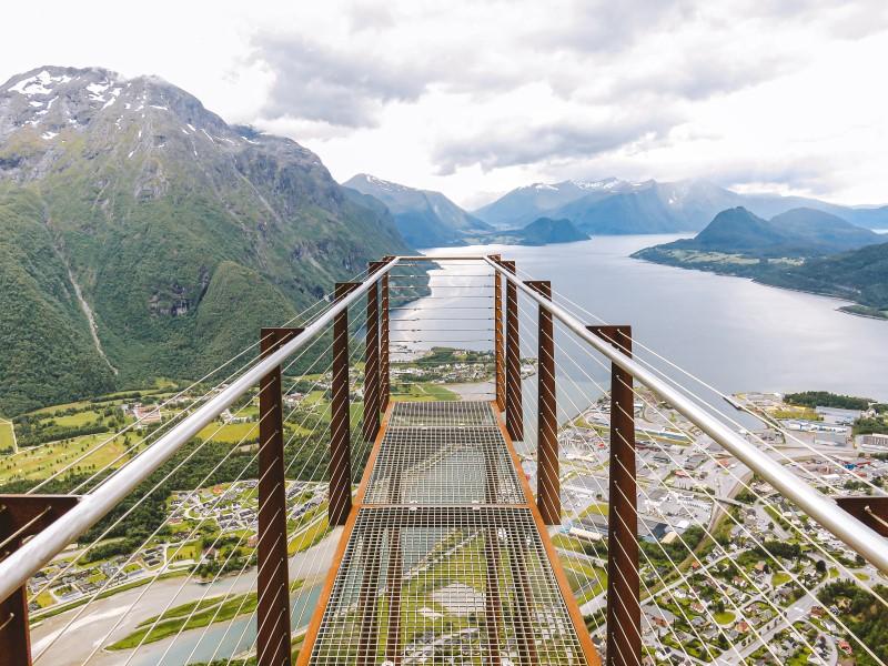 Vistas desde Rampestreken en Åndalsnes, Noruega
